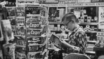 comic-book-spinner-rack-1966